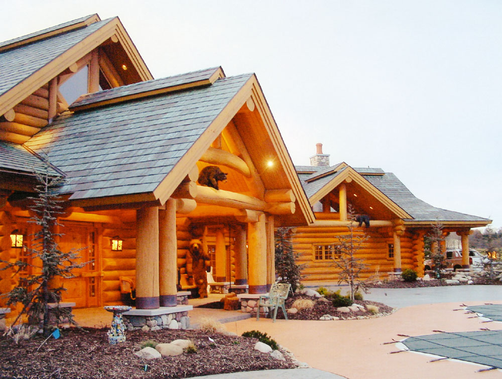Classic full log homes log cabin builders custom for Custom luxury log homes